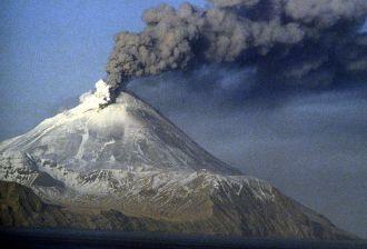 Mount Kanaga, the Aleutians, Alaska (source: Wikimedia Commons)